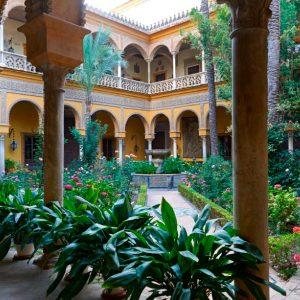 visita Palacio de Las Dueñas